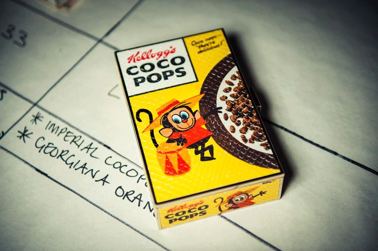 The Coco Pops Imperial clutch, reimagined by #FashGIF #ANYAanimation