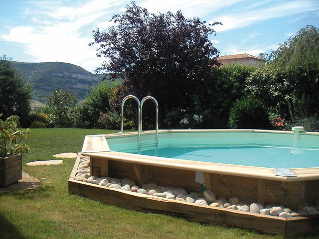 1000 images about piscine on pinterest swimming pool for Piscine interieur