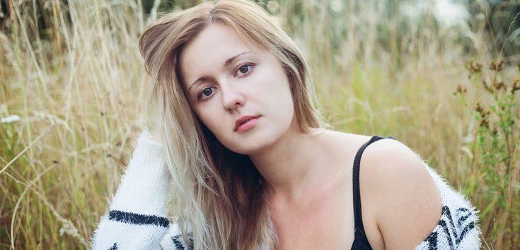 Sfaturi pentru îngrijirea și aranjarea părului uscat și neascultător