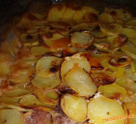 Smetanové brambory zapečené s mletým masem VYNIKAJÍCÍ