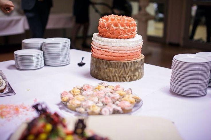coral ombre wedding cake