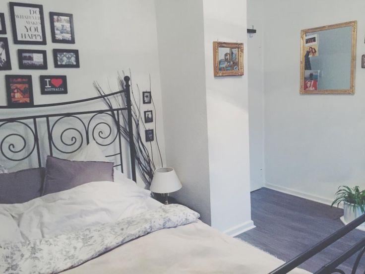 Best Gem tliches Schlafzimmer mit Fotowand und Nachttisch WG flatshare M nster