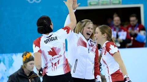 Curling Canada 1 gold