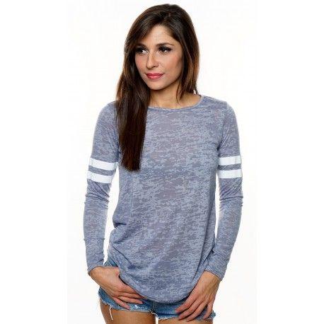 Stylewear - Lyseblå bluse til kun 180,- Se flere billeder og andre gode tilbud på stylewear.dk