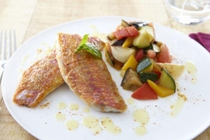 Recette de Filets de rouget et légumes de Provence à l'huile d'olive