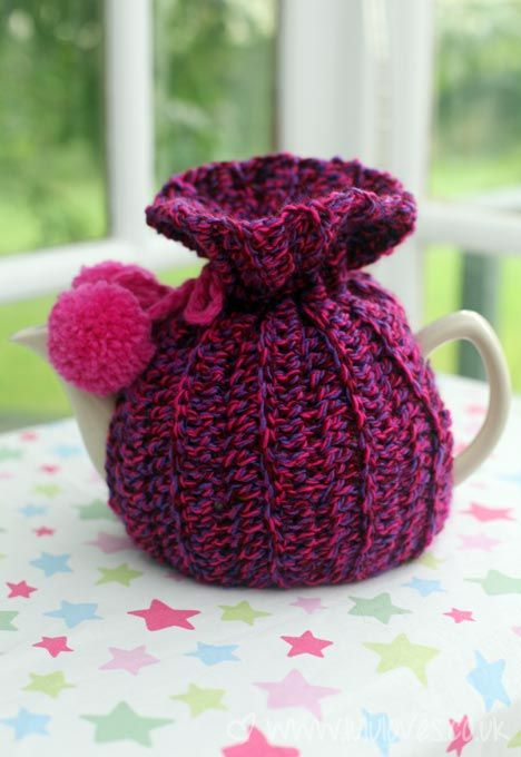 Crochet Tea Cosy - Lululoves Might try this someday!  Recently made a different tea cosy and they're quite addictive