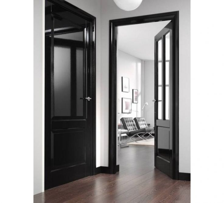 8x gitzwarte deuren in huis