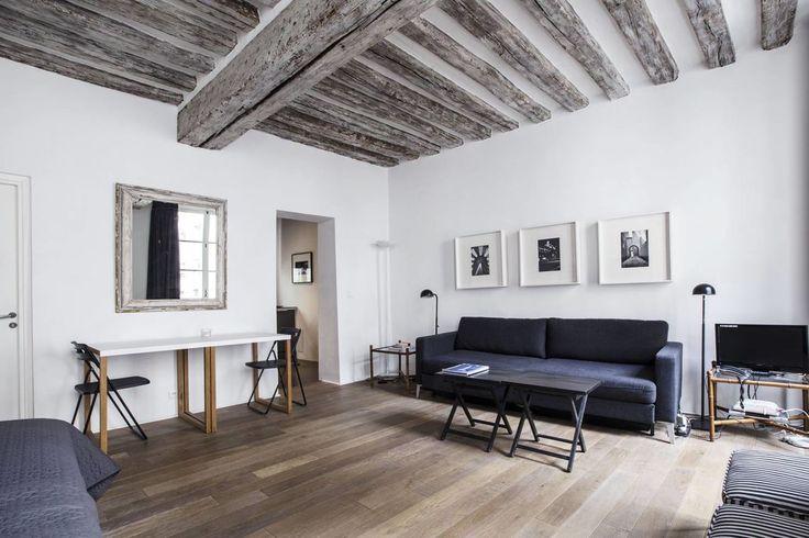 Location studio meublé Rue Ferdinand Duval, Paris | Ref 9300
