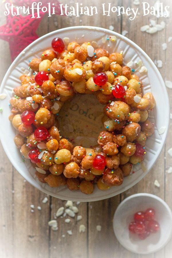 Struffoli Italian Honey Balls, delicious crunchy pastry balls covered in honey, a traditional Italian Christmas dessert recipe from Naples.  #Christmas #honey balls #Italian #pastry via @https://it.pinterest.com/Italianinkitchn/