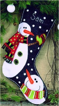Dimensiones Muñecos de nieve de fieltro Stocking Kit.