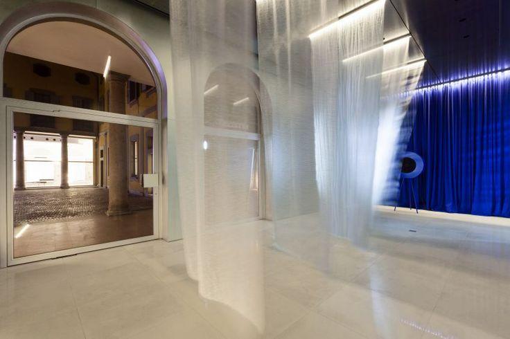 A transformation of Kinnasand's Milan showroom by Elisa Ossino Studio