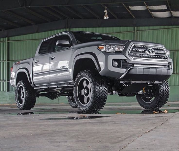 Cool Toyota 2017: Rough Country lift - 2016 Tacoma...  Tacos Check more at http://carsboard.pro/2017/2017/01/11/toyota-2017-rough-country-lift-2016-tacoma-tacos/