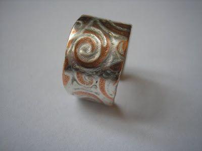 Zilveren en koperen ringen van Ingrid La Haye    1. Treasure    2. Ginza    3. Miscellaneous    4. Q4    5. Elegance    6. Abrazo    7. Blu...