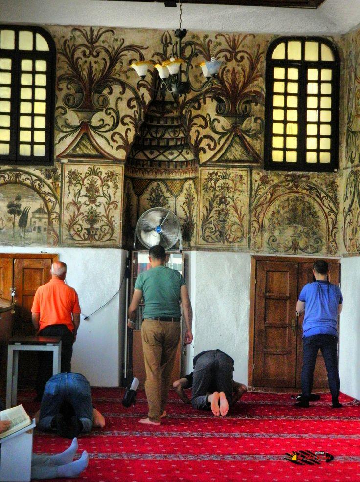 Xhamia e Et'hem Beut Moschee-Leseraum,Tirana,Albania, Nikon Coolpix L310, 15.1mm, 1/320s, ISO400, f/4.2,-1.3ev, HDR photography, 201607061409