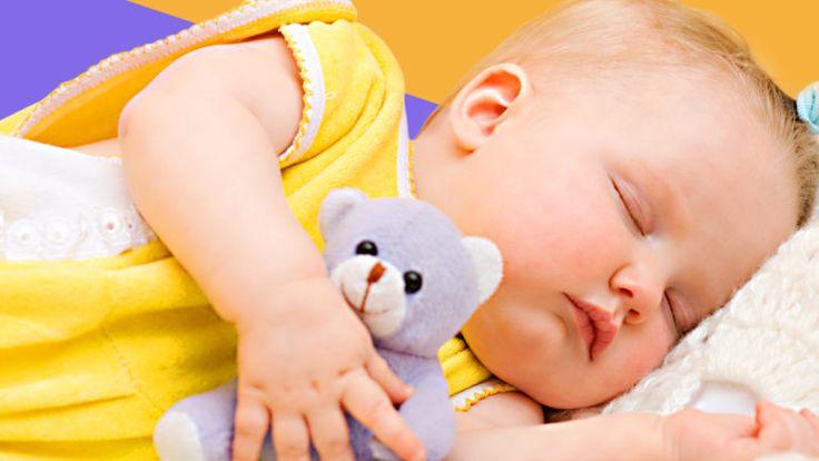 Du hast genug von schlaflosen Nächten und möchtest Deinem Kind das Durchschlafen beibringen? Dieser 10 Punkte Plan nach Elisabeth Pantley kann Dir helfen! ähnliche tolle Projekte und Ideen wie im Bild vorgestellt findest du auch in unserem Magazin . Wir freuen uns auf deinen Besuch. Liebe Grü