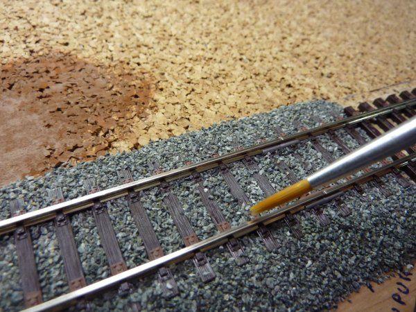Pose et décor de la voie - Construction train miniature HO                                                                                                                                                                                 Plus