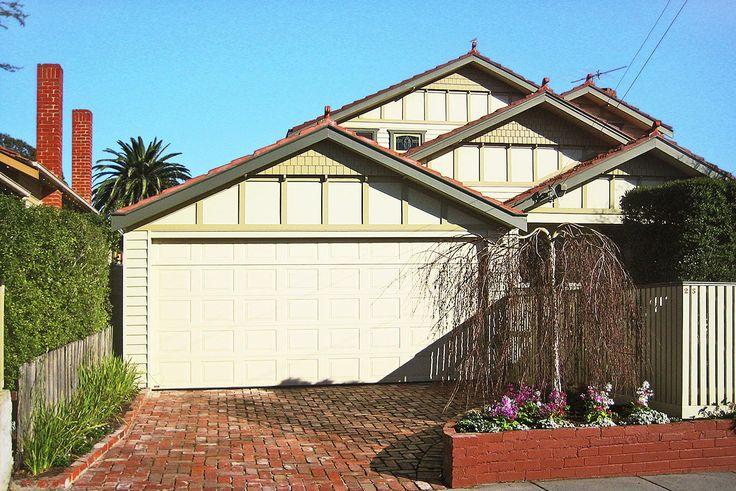 Car port or carport,garages,sheds designs, wood or colorbond steel with roller doors,plans and cost in Melbourne.