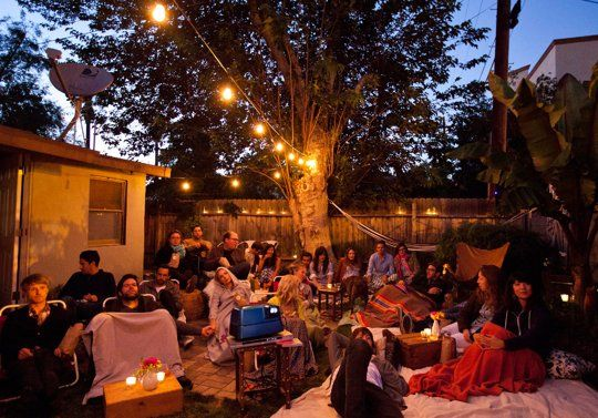 Tips for Throwing an Outdoor Movie Party