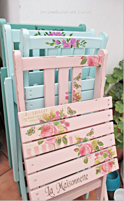These fold up chairs are just delightful. To see more style pics and inspiration pics in the Shabby Chic style, please LIKE our Facebook Page: https://www.facebook.com/ShabbyChicSydney