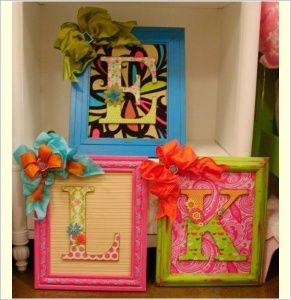 10 Creative Ways to Decorate with Dollar Store Picture Frames 8