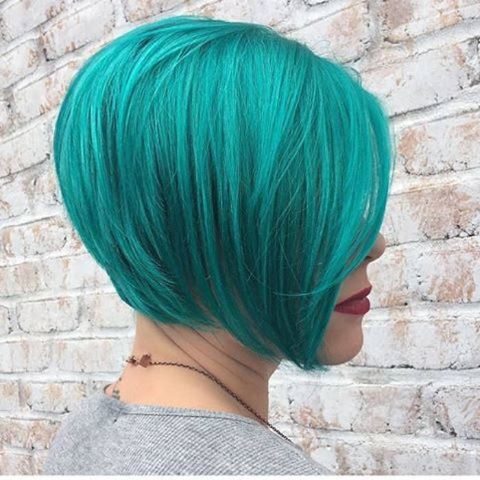 Beautiful teal hair color short hairstyle done by Taylor Hufnagle