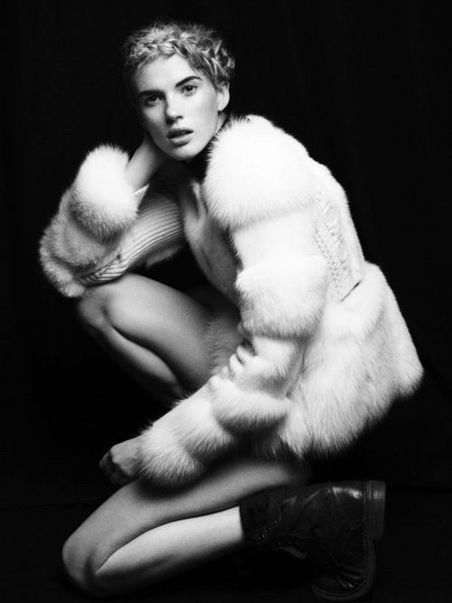 Image via We Heart It #annevyalitsyna #blackandwhite #boots #fashion #fur #vogue #victordemarchelier