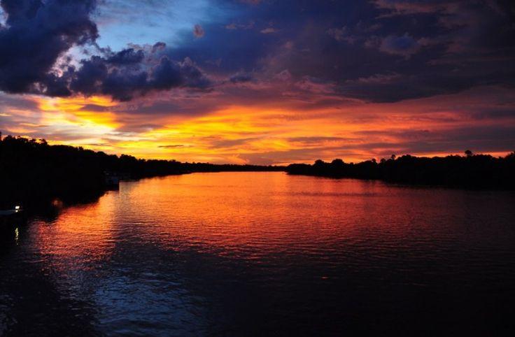 Zimbabwe Day Experiences: Zambezi Sunset Cruise