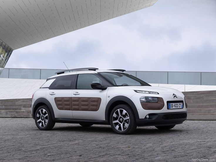 Citroen-C4_Cactus_2015_Side_Angle