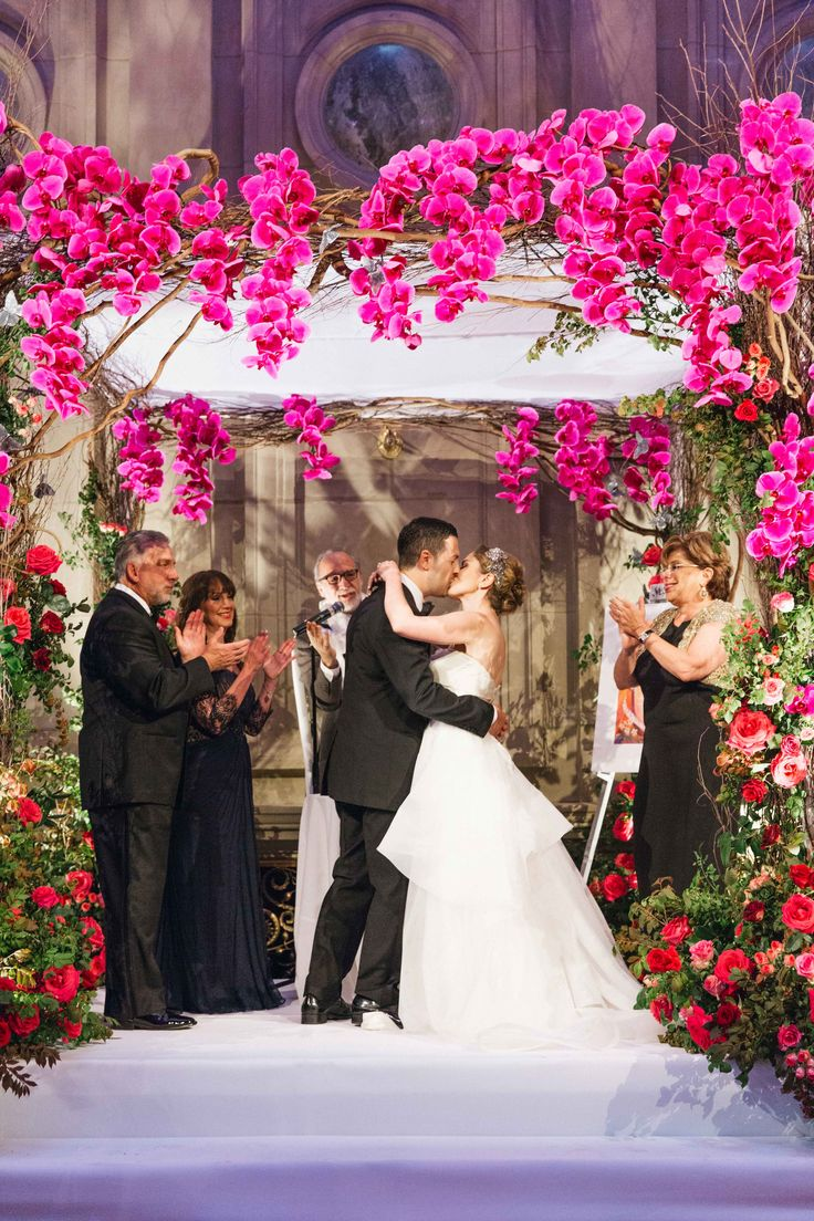 wedding ceremony new york city%0A Summer Wedding with Vibrant Color Palette in Brooklyn  New York