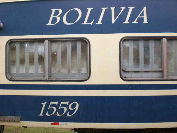 Tren Expreso del Sur que une Villazon (en la frontera argentina)con Oruro (Bolivia)