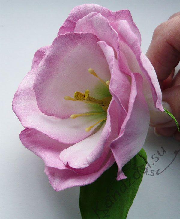 Готовый цветок эустомы