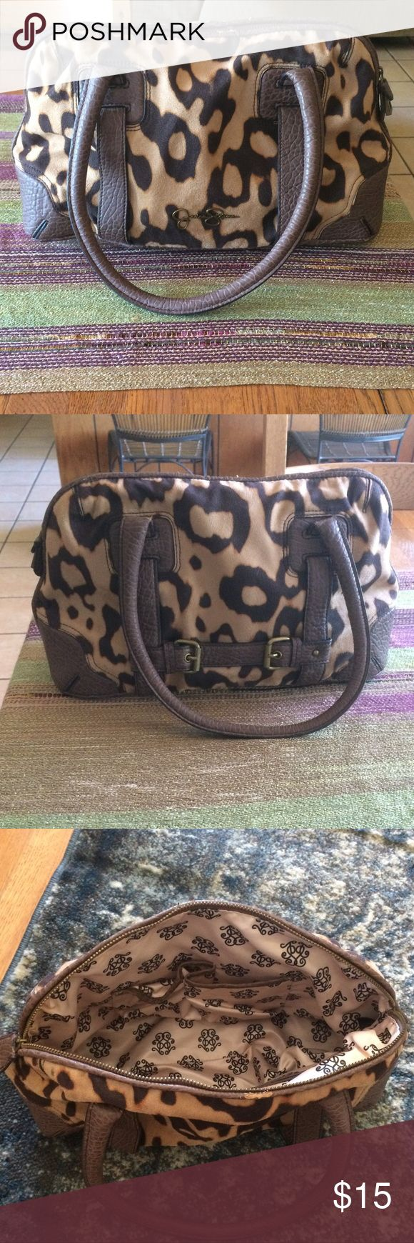Jessica Simpson purse Very cute Jessica Simpson cheetah print purse with minor signs of wear shown in pictures Jessica Simpson Bags Shoulder Bags