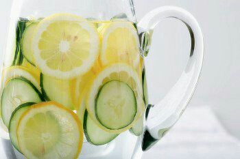 No Fads, No Frills: 10 Easy Ways To Detox Are you interested in cleansing, but turned off by fad retreats, spas, or expensive detox programs? Detoxing has become more than just a form of alternative medicine in the past few years, but a doctor recommended concept that can really do wonders for your health. With the idea still being new to most people, what are easy and budget-friendly ways to do this? There are many methods that can be simple, yet impressively effective. The healthy benefits…