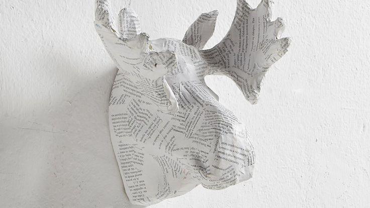 Papierowe rzeźby od @papersculptureu          #jacektryc poleca  #dekoracja dekoracjaścienna #naścianę #papierowerzeźby #ekologiczne #głowa   #rzeźba #architekt #wnętrza #projektowanie  #warszawa #design #ozdoby #naścianę #łoś #trofeum #polowanie