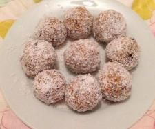 Recipe WEETBIX BALLS by KateHCollins - Recipe of category Desserts & sweets