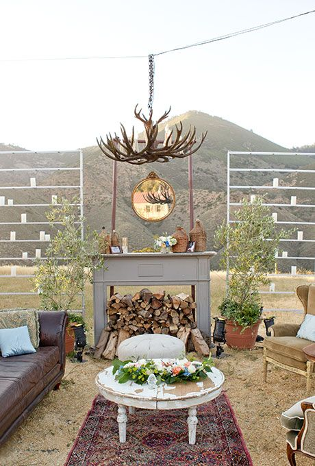 These absolutely stunning Wedding Lounge Ideas will make you want to have a lounge at your own wedding! Your guests will love you for it!