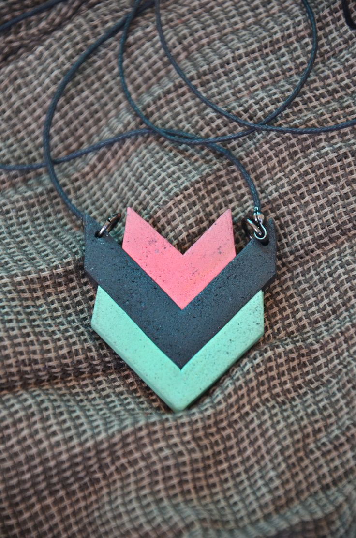 I'm really in love with this necklace from polymer clay that i made. It's like a small geometric tulip <3  Visit for more info: www.facebook.com/KayaArt/
