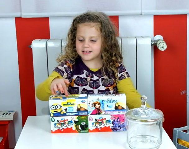 Abrimos huevos de chocolate kinder Kung Fu Panda, My Little Pony, Minions, Frozen - Open chocolate eggs https://mamadenoa.blogspot.com.es/2016/05/abrimos-huevos-chocolate-vblog-unboxing-open-chocolate-eggs.html #unboxing #chocolate #chocolateegg #frozenegg #minionsegg #kungfupandaegg #mylitteponyegg #minions #kungfupanda #frozen #mylittlepony #mamadenoa #mamasblogueras