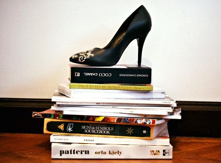 #iutta #leathershoes #folk #traditional