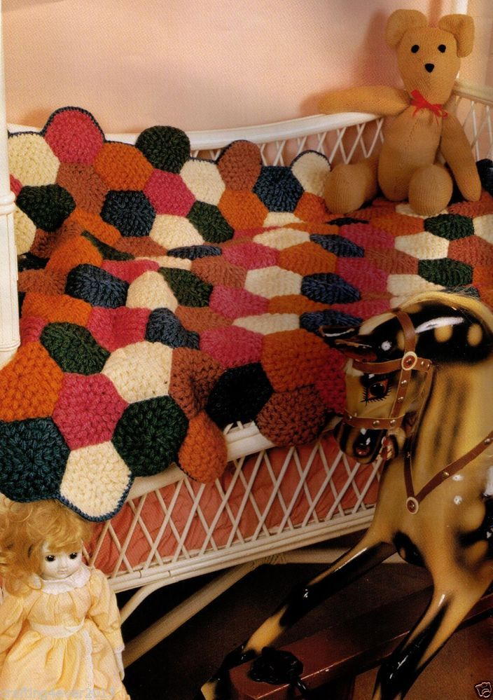 VINTAGE BABY COT PATCHWORK BRIGHT RUG BLANKET -157X100 CMS-8 PLY CROCHET PATTERN