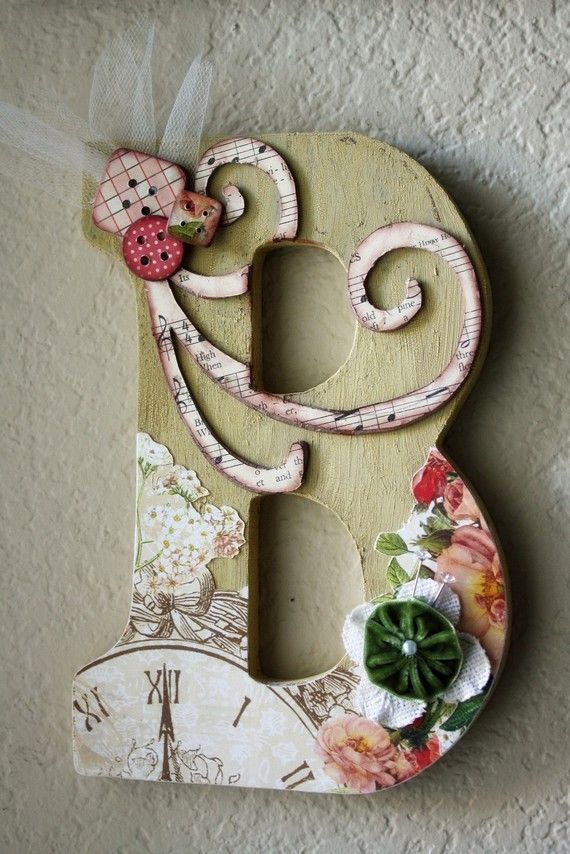Personalized LetterBoutiques Wall, Decor Letters, Decorated Letters, Cute Ideas, Vintage Shops, Wooden Letters, Wall Letters, Housewarming Gifts, Antiques