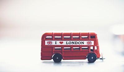 Daniel Jirblad - Röd buss