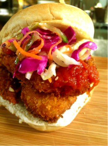Shrimp Po'boy, chili sauce and slaw at the Yukon pop up in parkdale!
