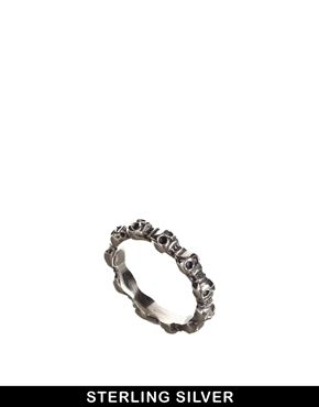 Fashionology Sterling Silver Tiny Skull Ring