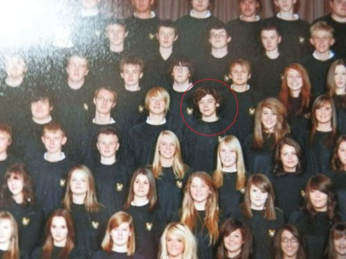 Harry and his school choir. THIS FANDOM IS A BUNCH OF STALKERS. THE FBI SHOULD GIVE US AWARDS!< oh. My. Gosh. Yes hahahahaha. OMG yes!