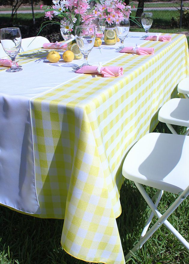 Lovely Lemonade Colored Tablescape With Yellow U0026 White Checkered Tablecloth