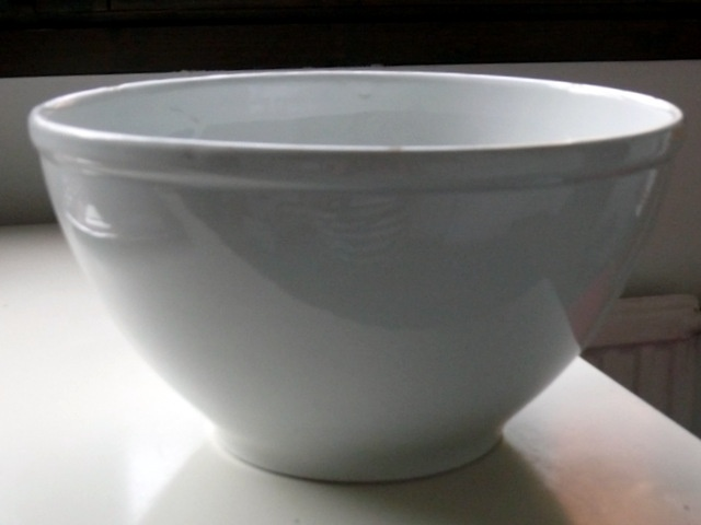 Big (very big) bowl by Arabia.