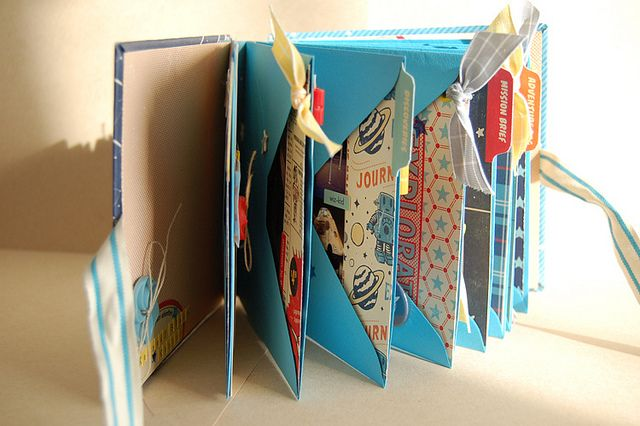#papercraft #scrapbook #minialbum envelope mini album