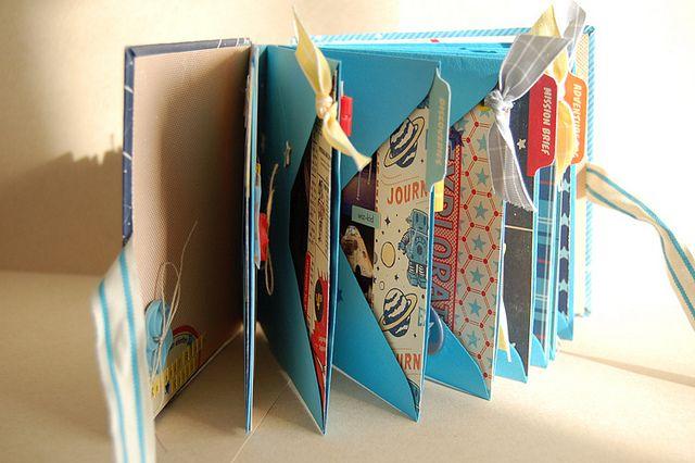 #papercraft #scrapbook #minialbum envelope mini album