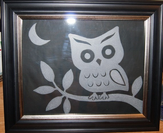 Glass etching on glass of pictures frames